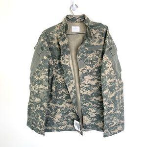 🔥NWT US ARMY ISSUE Digi Camo Med Combat  Jacket